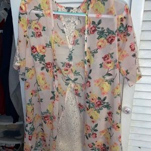 Charlotte Russe floral shall